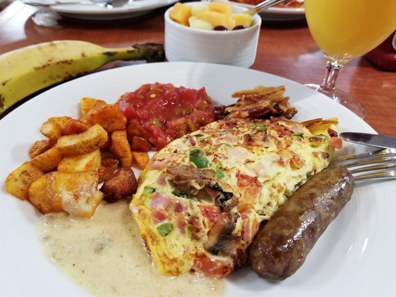 sheraton-norfolk-waterside-breakfast-14