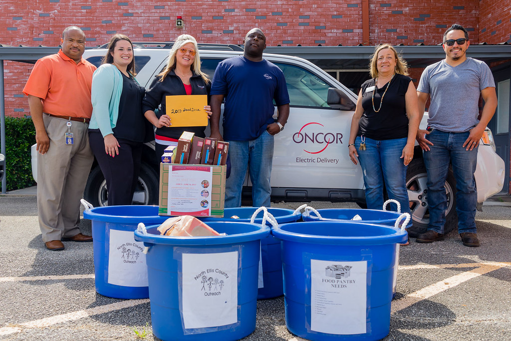 Oncor-Food Drive-North Ellis County-4