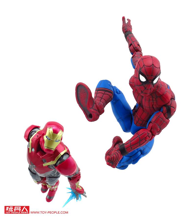 電影熱烈上映中!重現蜘蛛人與鋼鐵人併肩作戰的場面就決定是這組啦!孩之寶漫威蜘蛛人電影傳奇6吋雙入組