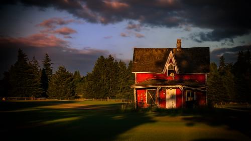 farmhouse abandoned derelict shadows building sky summer lawn landscape field dusk homestead canada britishcolumbia langley grass turf old empty nikon d7000 dslr architecture