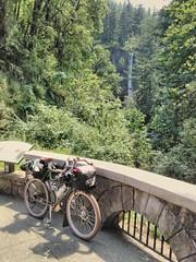 Currently: Latourell Falls. #midweekgorgeridejune2017 #columbiagorge #pedalpalooza #pedalpalooza2017