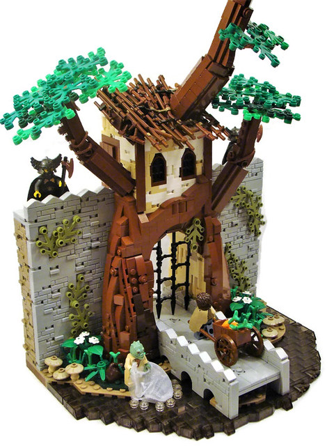Summer Joust Castle Collab/LCBTC Round 3: Gatehouse (in a tree!)