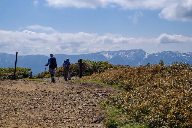 最後にピーク平標山へ