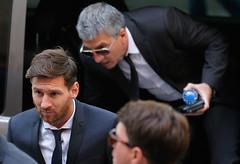 Fiscalía acepta que Messi pague 255 mil euros para evitar la cárcel