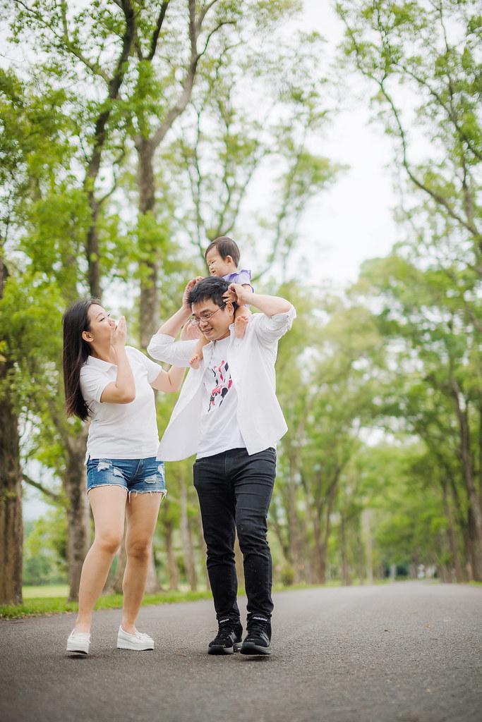 台中婚攝,找婚攝,婚攝ED,婚攝推薦,婚禮紀錄,婚禮記錄,婚攝,婚禮攝影師,新人推薦,婚紗拍攝,最自然的婚紗,隨性婚紗,攝影師推薦,口碑婚攝,婚攝團隊,台灣有口碑攝影師,優質攝影師,台中婚攝,找婚攝,婚攝ED,婚攝推薦,婚禮紀錄,婚禮記錄,婚攝,婚禮攝影師,新人推薦,親子寫真,三育書院