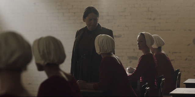 The Handmaid's Tale - 1x01 - Defred -06