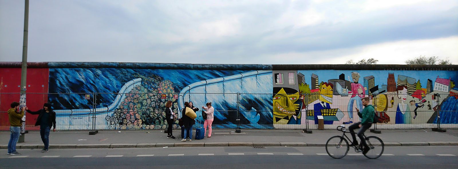 East Side Gallery-- Berliner Mauer