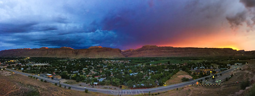 sunset mountain moab utah city canyon arches national park colors rainbow blue purple pink orange yellow pano panorama panoramic town clouds sky