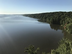 Illinois River Looking East