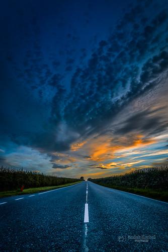 tbnate nikon nikond750 d750 sunset clouds colours road vanishing vanishingpoint eastridingofyorkshire yorkshire sky outdoor outside landscape nature