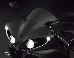 Yamaha YZF-R1 1000 2012 - 9