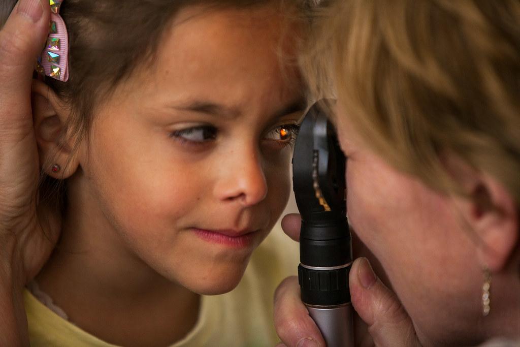 Szemvizsgálat hátrányos helyzetű gyermekek számára