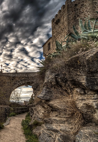 toledo castillalamancha españa spain europa europe nikon hdr photomatix photoshop atardecer sunset puente bridge perspectiva contraste paisaje landscape cielo clouds