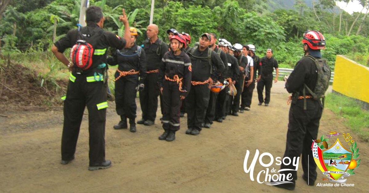 34 bomberos fueron a la represa Rio Grande