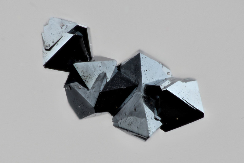 Hg2Os2O7 Pyrochlore