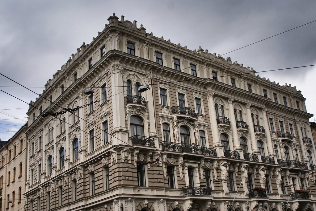 Construction art nouveau dans le quartier de Centrs à Riga.