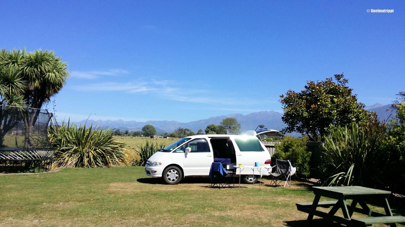 Vuokra-automme leirintäalueella Kaikourassa, Uusi-Seelanti