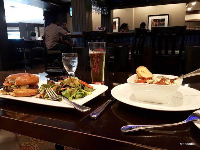 T.W.'s Bar & Grill food