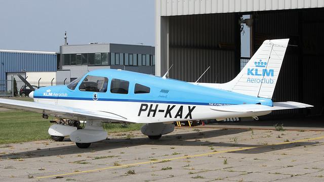 PH-KAX