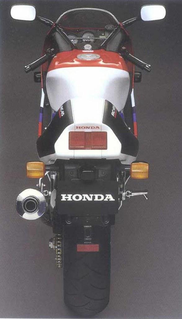 Honda RVF 750 R - RC 45 1994 - 3