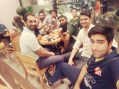#Hushamyousaf #HY #Arslan #Musa #Sultan #Osama #Hamdan #Ali #Raju #Friends get together #Chill #Gloria #BahriaTown #LateNightParty.