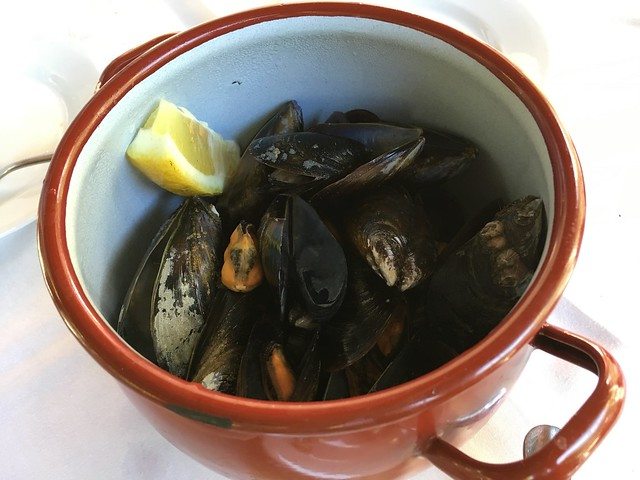Steamed mussels - Bosque Palermo