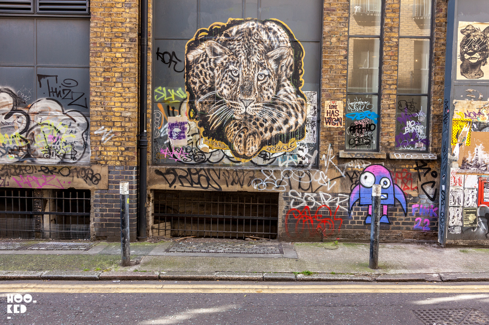 New York Street Artist Pyramid Oracle Returns to London