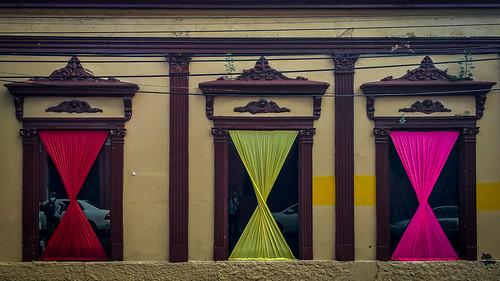 asunción paraguay py schaufenster window decoration building gebäude iphone