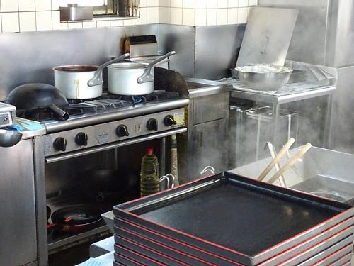 加平パーキングの厨房
