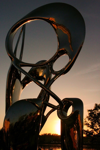 sculpture stcharles illinois sunset