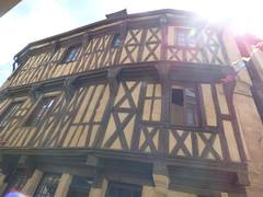Place Notre Dame, Semur-en-Auxois - timber framed building - Cabinet d'Curiosités