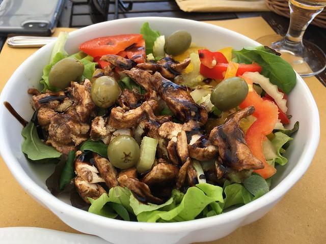 Chicken salad - Monu Cafe