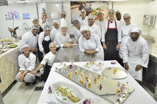 Alunos do curso de Cozinheiro participam de atividade pedagógica