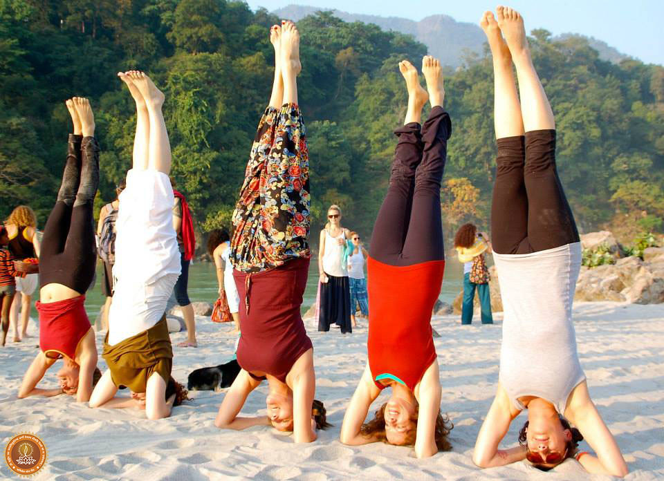 Rishikesh Yogpeeth .  Yoga Teacher Training Classes.