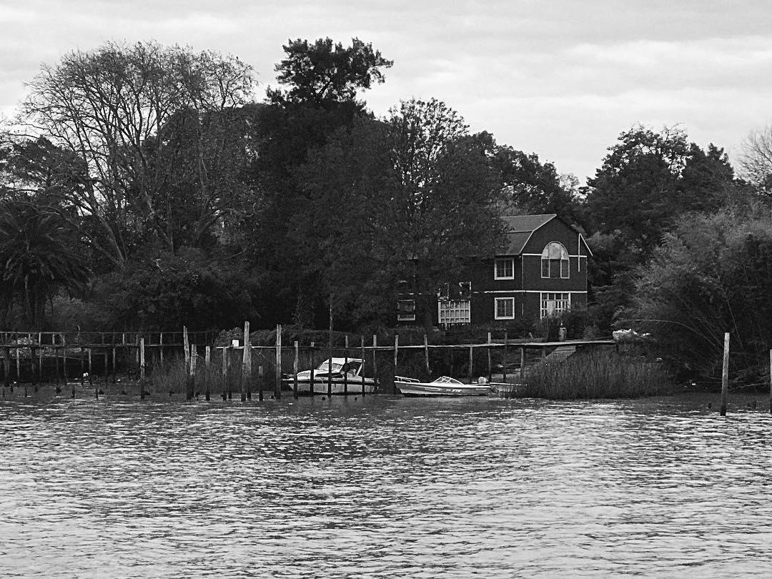 Casa del delta #tigre #blackandwhitephotography #blackandwhite #buenosaires #bnw
