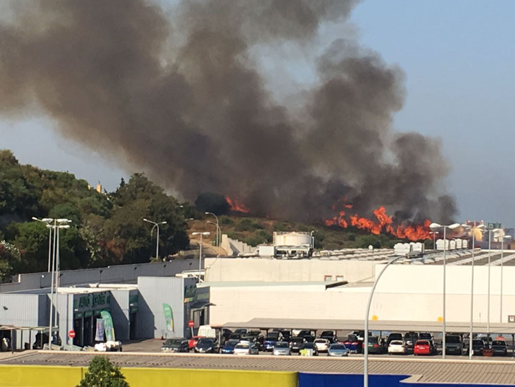 incendio carrefour.jpeg1