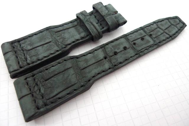 21.18 115.75 Vintage Charcoal Black
