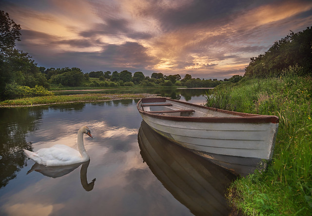 At the lake., Nikon D750, AF Zoom-Nikkor 18-35mm f/3.5-4.5D IF-ED