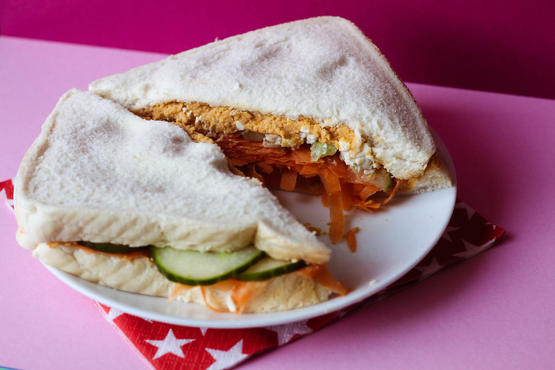 SW Slimming World friendly Rabbit Sandwich - feta carrot cucumber and hummus sandwich recipe