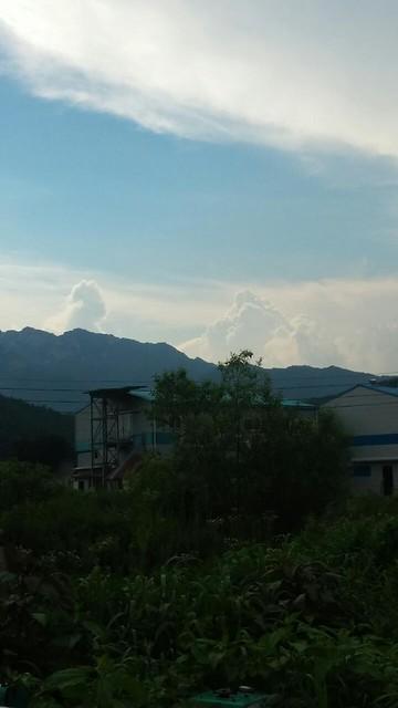 소나기 내린 하늘풍경: 올림푸스 신들의 나라
