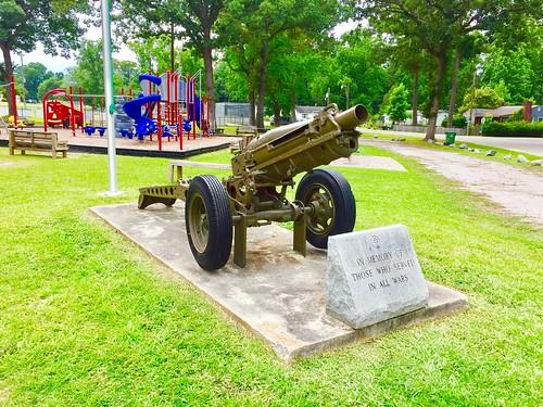 pinetops park playground