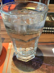 Agua con hielos para el calor en #Monterrey.