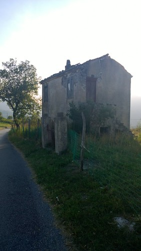 A dirty cottage in the land Seta