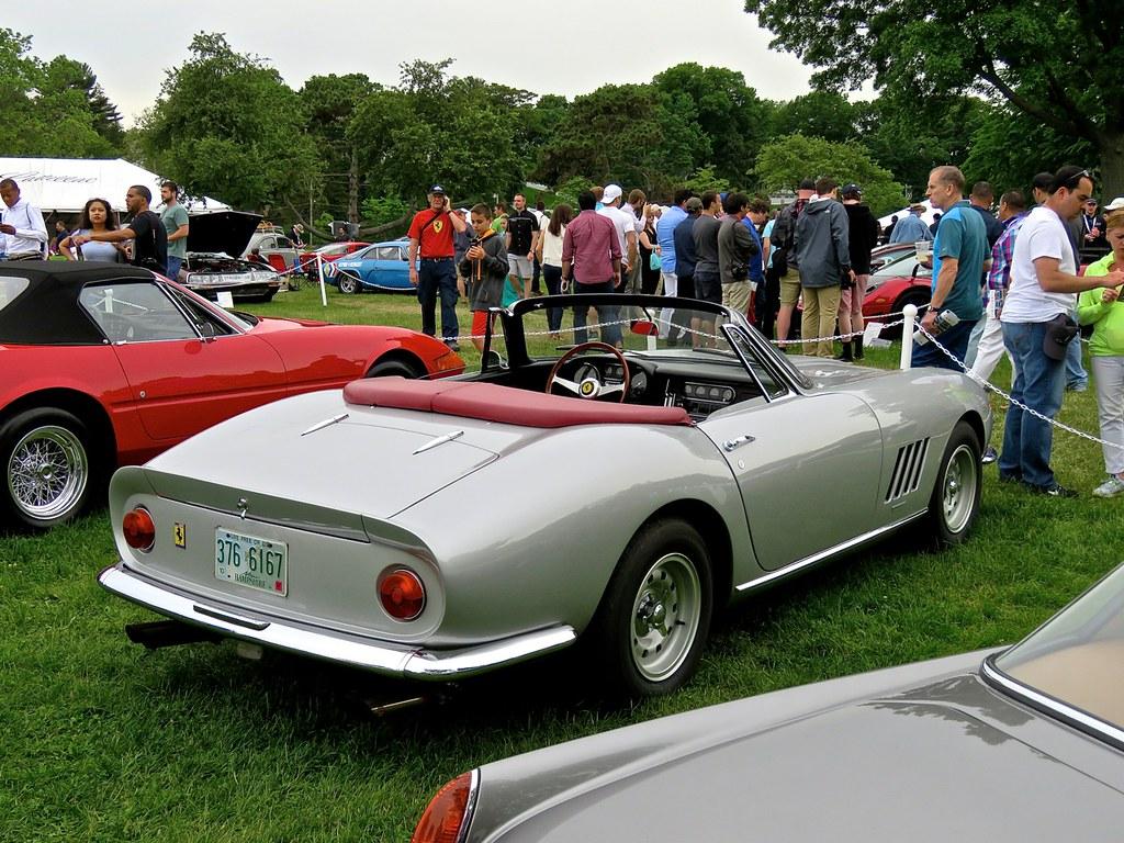 Ferrari 275 NART Spider Silver 13