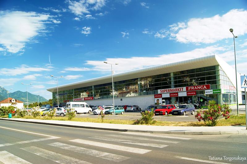 Вид на здание автостанции Тивата