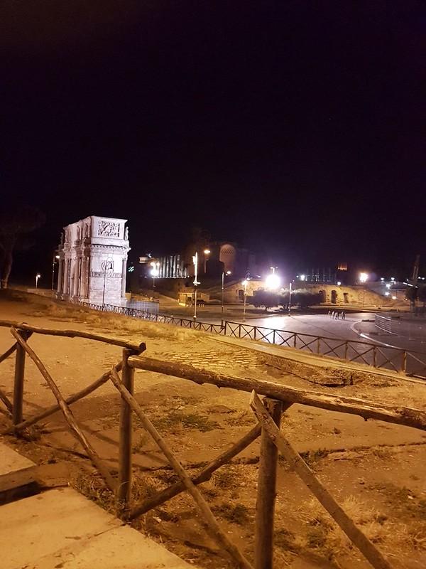 ROMA ARCHEOLOGIA e RESTAURO ARCHITETTURA: Un Giro Di Notte per Roma Dopo Un Gelato A Campo de Fiori Alle 3 Del Mattino. Foto: Daniela Carpineti, Roma (02/07/2017).