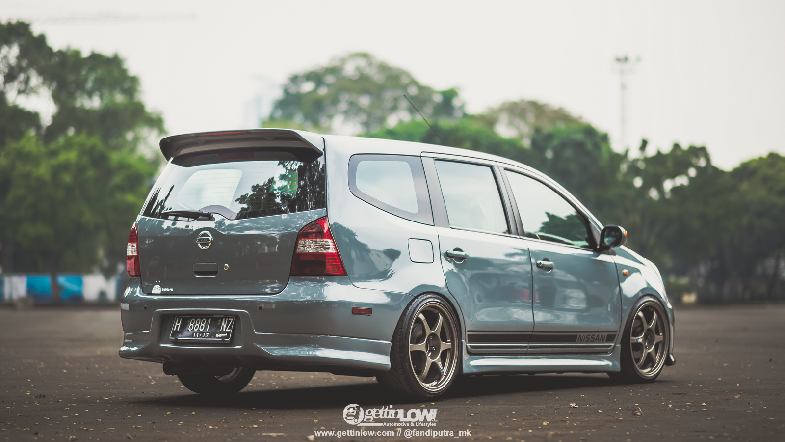Gambar modifikasi grand livina jdm