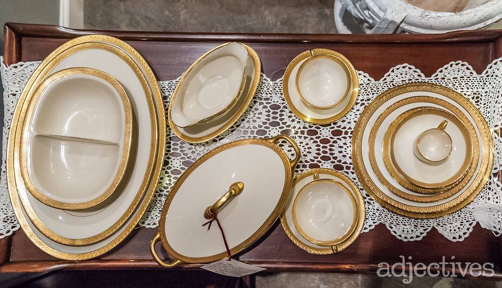 Bavarian Porcelain Service for 8 by C. M. Hutschenreuther in Aida pattern by Eclectic Asthetics at Adjectives Altamonte