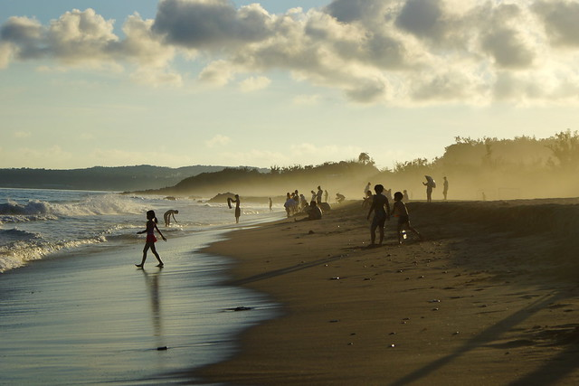 Kenting-Tin beach/ 墾丁(大灣沙灘), Sony SLT-A77V, Minolta/Sony AF DT 18-70mm F3.5-5.6 (D)