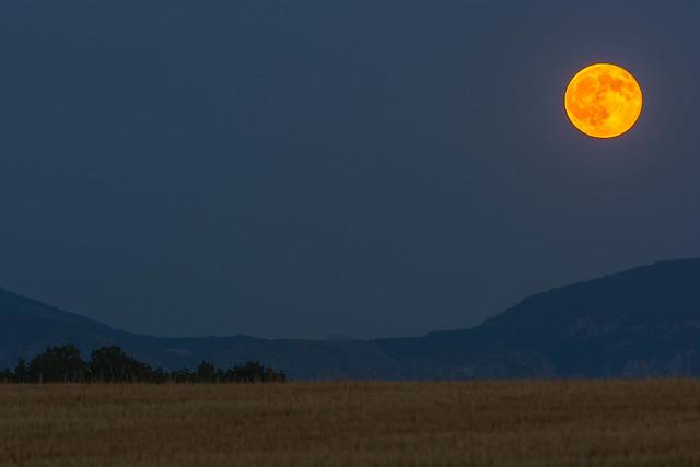 Luna piena, Nikon D7100, AF-S VR Zoom-Nikkor 70-300mm f/4.5-5.6G IF-ED